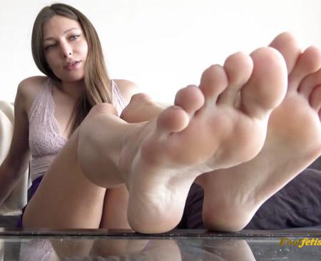 Talia Mint - Making You My Foot Slave