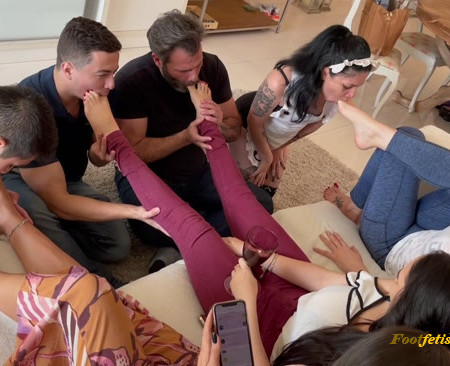 Goddess Grazi – FEET ORGY – The best fucking feet party you ll ever see