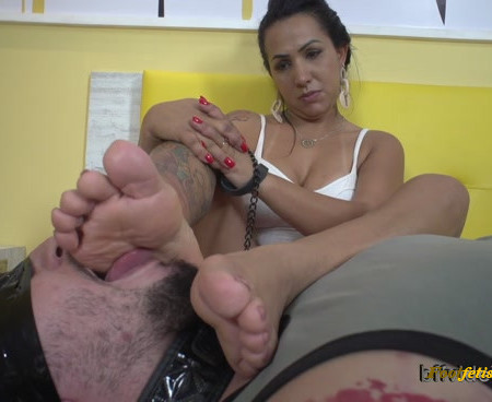 Bffvideos - My Stinky Feet For Your Mouth Pt.2